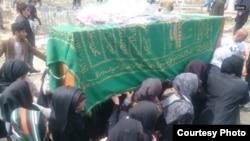 Pamje nga varrimi i gruas afgane Farkhunda
