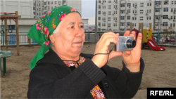 Turkmen journalist Soltan Achilova (file photo)