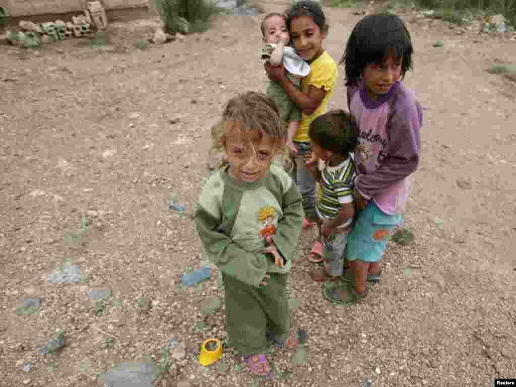 Сирийские беженцы в Ливане.