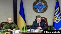 Секретар РНБО Олександр Турчинов і президент України Петро Порошенко, архівне фото
