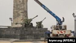 Ремонт обелиска Славы на горе Митридат в Керчи