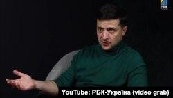 Ուկրաինայի նախագահի թեկնածու, կատակերգակ դերասան Վլադիմիր Զելենսկին հարցազրույցի ժամանակ, արխիվ