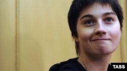 Активистка Александра Духанина, подозреваемая в призыве к массовым беспорядкам 6 мая