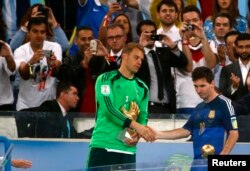 Manuel Neuer we Lionel Messi