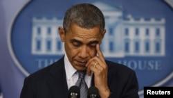 Presidenti Barack Obama fshin lotët gjatë fjalimit lidhur me tragjedinë ku u vranë 20 fëmijë dhe 6 mësues.