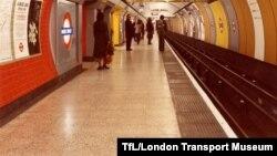 Մեծ Բրիտանիա - Լոնդոնի մետրոպոլիտենի կայարաններից մեկը, արխիվ
