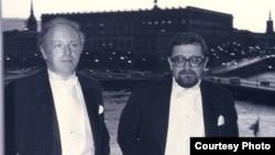 Иосиф Бродский и Лев Лосев перед Нобелевской церемонией в Стокгольме. Фото из семейного архива Льва Лосева.