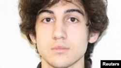 Джохар Царнаев, обвиняемый в организации взрывов в Бостоне в апреле 2013 года.