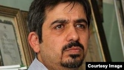 Iranian journalist Serajeddin Mirdamadi is reportedly accused of plotting against Iran's ruling clerics.
