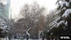 Скопје под снежна покривка