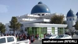 Мечеть в Мары, ноябрь, 2020 (иллюстративное фото)