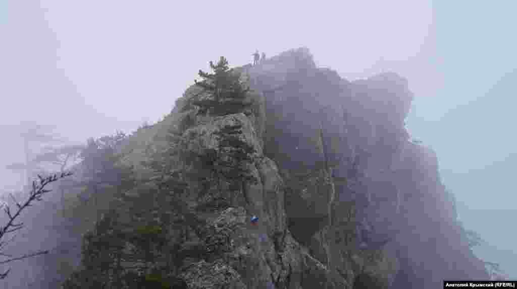 Скеля Ставрі-Кая. Її висота – 663 метри над рівнем моря