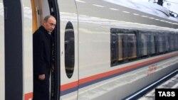 """Для российских путей немецкому """"Сапсану"""" сделали двойную подвеску."""