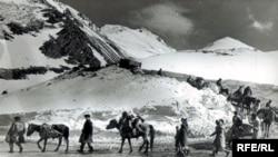 Kəlbəcərin işğalı, rayondan çıxan kəlbəcər sakinləri, aprel 1993