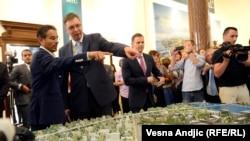 Aleksandar Vučić sa investitorom iz Ujedinjenih Arapskih Emirata Mohammedom el Abarom
