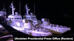 Возвращенные украинские военные корабли в порту Очакова. 20 ноября 2019 года