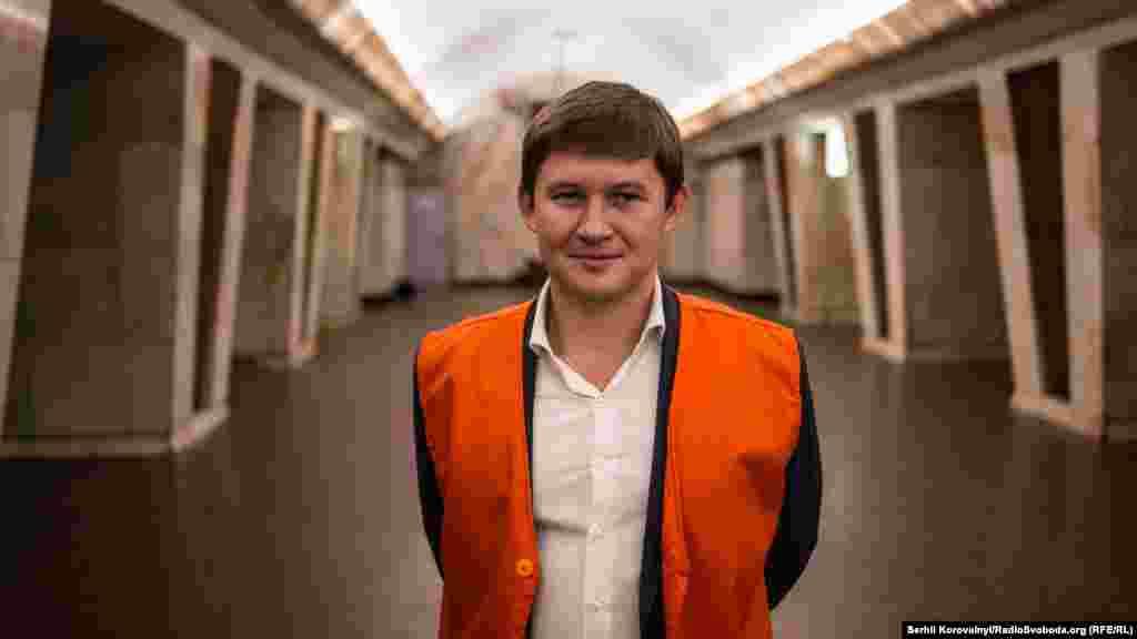 Начальник КП «Київський метрополітен» Віктор Брагінський запевняє, що його підприємство буде надалі вдосконалюватися для безпеки та комфорту своїх пасажирів