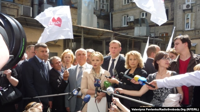Yulia Tymoshenko addresses the media before her court hearing in Kyiv on May 11.