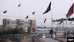 پاکستان د چمن لار د اووه ورځو لپاره تړلې