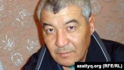 16 желтоқсан 2011 жылы Жаңаөзендегі оқиғада оқ тиіп жараланған Нұрлыбек Нұрғалиев. Жаңаөзен 15 қаңтар 2012 жыл.