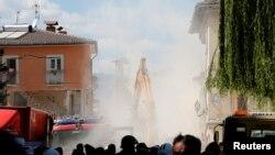 Рятувальні роботи в Аматріче, Італія, 25 серпня 2016 року