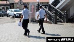 Россия полициячилари.