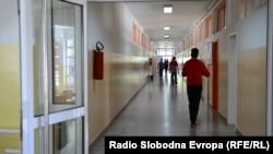Ovdašnja deca nemaju gde da se zaposle posle srednje škole, smatra sindikalista Željko Veselinović