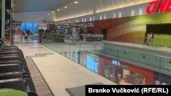 Poluprazni tržni centri u Kragujevcu, 2. jul 2020.