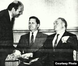 Аляксандар Лукашэнка і Вячаслаў Кебіч