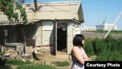 Facebook әлеуметтік желісінде Анса Мустафа есімді қазақ блоггері Happy birthday, Astana! деген атаумен осы фотосуретті жариялады. Астана, 6 шілде 2011 жыл