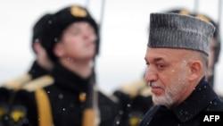 Президент Афганистана по прибытии в аэропорт Внуково