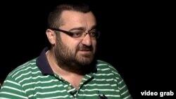 Башар Асадтың әйелінің бұрынғы аудармашысы Михран Бертизлян Азаттыққа сұхбат беріп отыр. Ереван, 11 қыркүйек 2013 жыл.