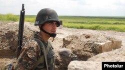 Qarabağda erməni hərbçisi