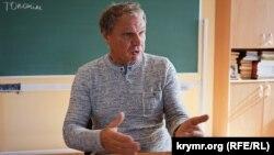 Виктор Гуменюк, заведующий кафедрой украинской филологии Таврической академии КФУ
