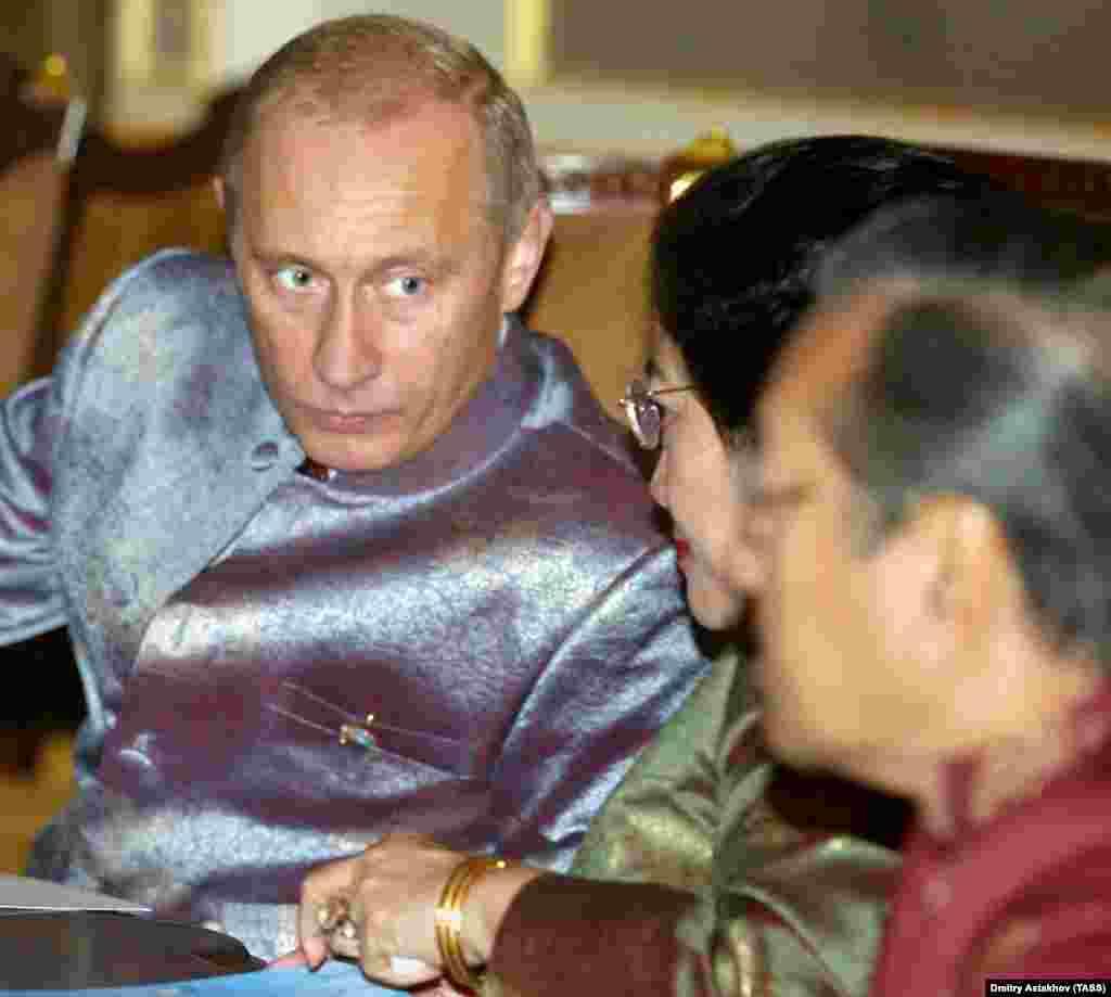 На саммите АТЭС в Бангкоке. 2003 год.