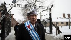 Miroslaw Celka, un supraviețuitor al lagărului nazist de exterminare Auschwitz, 27 ianuarie 2015