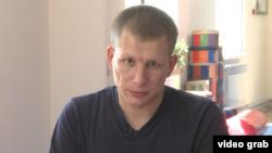 Работающий в оздоровительном центре тренер Алексей Басакин. Алматинская область, 21 августа 2018 года.