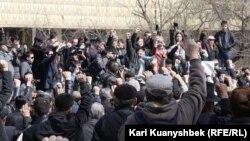 Митинг протеста в Алматы, приуроченный к 100 дням событий в Жанаозене. 24 марта 2012 года.