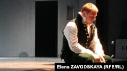 Кирилл Шишкин в роли Глумова