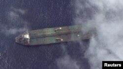 Супутникове фото, на якому видно, що танкер Adrian Darya 1 перебуває неподалік від узбережжя сирійського Тартусу