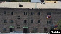 Armenia - A police building in Yerevan's Erebuni district seized by anti-government gunmen, 22Jul2016.