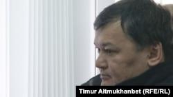 Арслан Абдыкалыков, бывший заместитель акима Павлодарской области, в зале суда на оглашении приговора. Павлодар, 16 апреля 2015 года.
