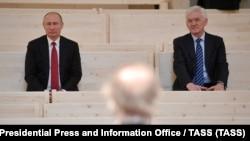 Владимир Путин и бизнесмен Геннадий Тимченко