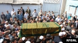 The funeral ceremony for Muhammadsharif Himmatzoda in Dushanbe on March 17.