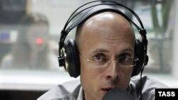 """Оьрсийчоь --""""Маяк""""-радиохь болх беш волу журналист Асланян Сергей, 12Мар2009"""