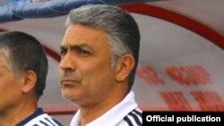 Հայաստանի ֆուտբոլի հավաքականի մարզիչ Աբրահամ Խաշմանյան