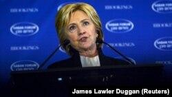 Бывший государственный секретарь США Хиллари Клинтон. Вашингтон, 6 декабря 2015 года.