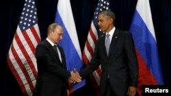 Рукопожатие Обамы и Путина многие сочли холодным