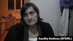 Хадижа Исмаилованың анасы Эльмира Исмаилова. Баку, желтоқсан, 2014 жыл.