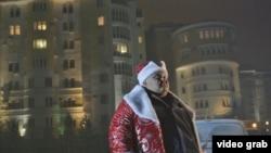 В кадре: актер Фархад Абдраимов.